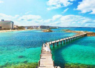 セントアクアチャペル沖縄